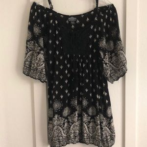 Cold shoulder tunic dress or cover-up